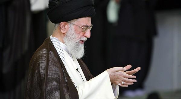 پیام  رهبر معظم انقلاب به بیست و چهارمین اجلاس سراسری نماز