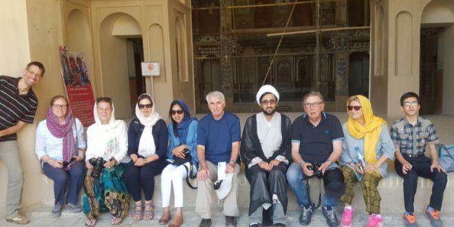 گزارشی از اعزام مبلغین توریسم به استان های اصفهان و شیراز در ماه مبارک رمضان