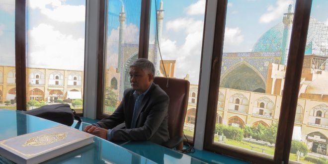 نشست علمی دانش پژوهان چینی مؤسسه بین المللی المرتضی علیه السلام  با مترجم چینی قرآن کریم